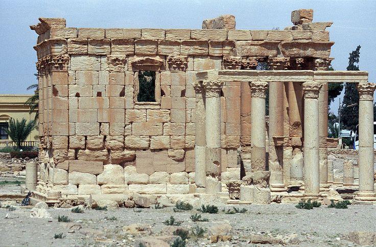 У стен античной Пальмиры идет битва между цивилизацией и варварством. Обсуждение на LiveInternet - Российский Сервис Онлайн-Дневников