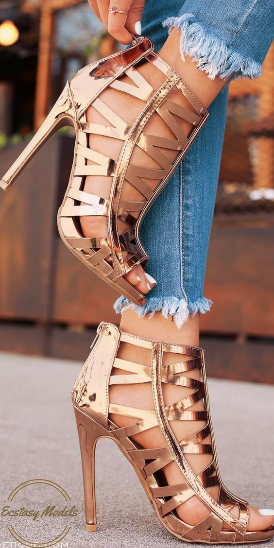 """""""Captivated By You"""" // Rose Gold Heels by @lolashoetique"""