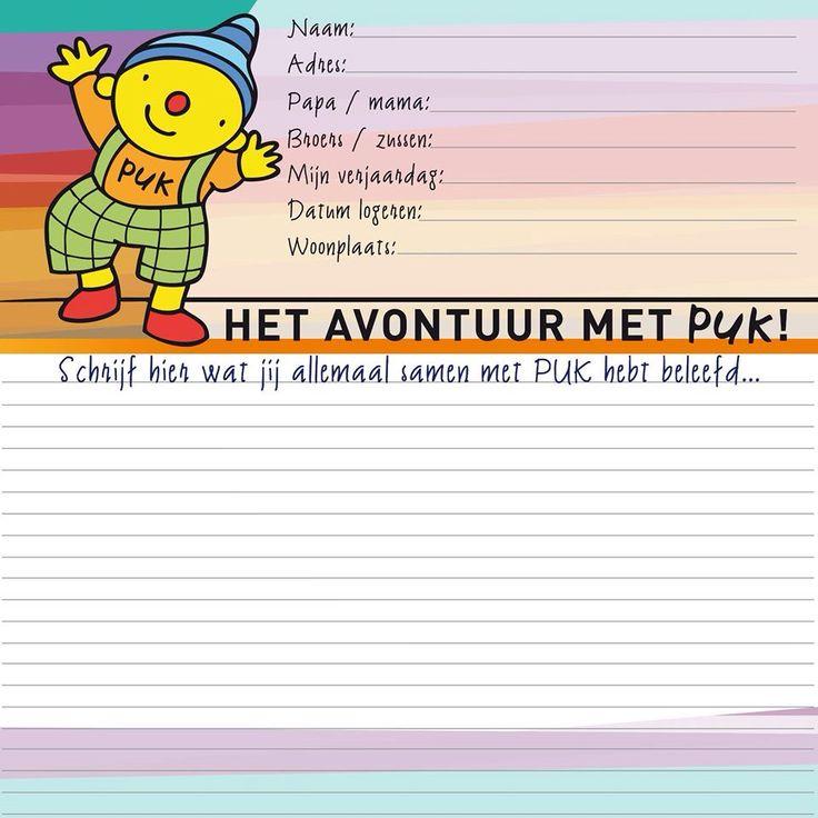 Als de kinderen Puk meenemen om te logeren krijgen ze een groot vriendjesboek mee om hun avonturen met Puk te beschrijven.