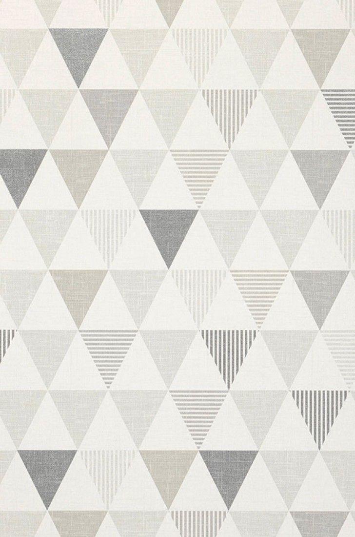 33,53€ Preço por rolo (por m2 6,29€), Papel de parede geométrico, Material base: Papel de parede à base de papel, Superfície: Liso, Efeito: Mate, Design: Triângulos, Cor base: Branco acinzentado, Cor do padrão: Tons de cinza, Cinza prateado brilhante, Características: Resistente à luz, Removível com água, Colar no papel de parede, Com esponja ou pano úmido