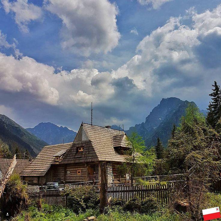 """Polubienia: 690, komentarze: 4 – @pocztowka_z_polski na Instagramie: """"Location: Tatry, Poland  Photo: @photosoflotos Zachęcamy do odwiedzenia galerii autora!  Dziękujemy…"""""""