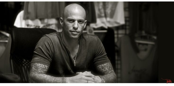 Ami James can't help the fact that he is good to look at GOD sure does make wonderful things.