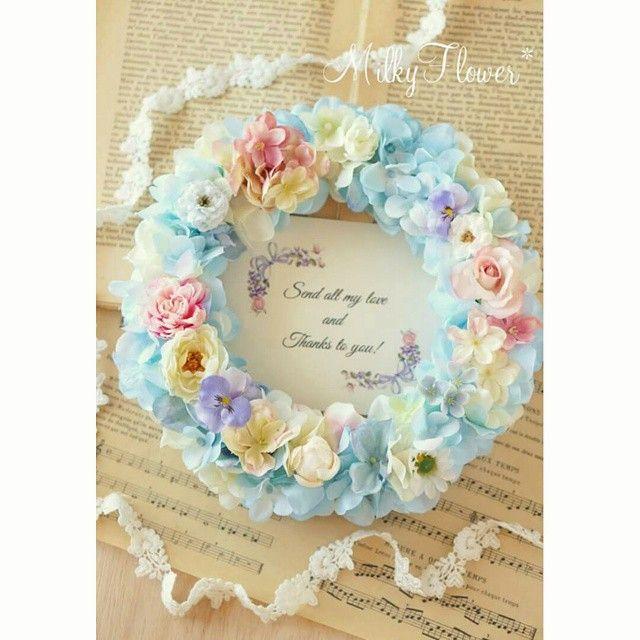 ピンクリースとご一緒にオーダー頂いた、ご両親贈呈リース** 淡いパステルブルーにピンクとパープル、ホワイトをアクセントに∞  感謝の思いをリースに込めて(*^^*) 『Send all my love and thanks to you:愛と感謝を贈ります!』 パープルのアンティークリボンを添えたメッセージカードもお作りさせて頂きました♪ ・ ・ ・ #リース#フラワーリース#フラワー#ウェディング#ウェディングフラワー#ご両親贈呈#両親へのプレゼント#プレゼント#ギフト#アーティフィシャルフラワー#結婚式#結婚式準備#結婚準備#結婚#プレ花嫁#花嫁#wedding#wreath#weddingflowers#水色#パステル#パンジー#春#感謝#present#造花#ハンドメイド#オーダー#両親#花束贈呈