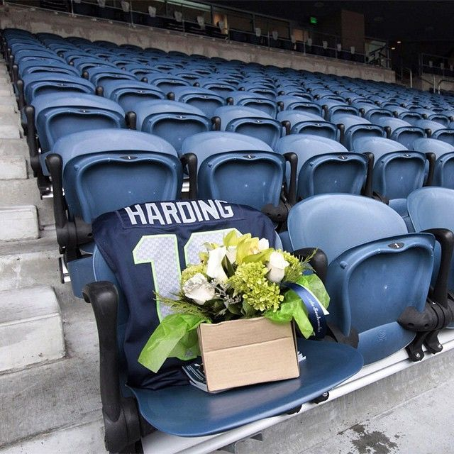 Seahawks pay special tribute to one of their long time, and original, season ticket holders who passed away
