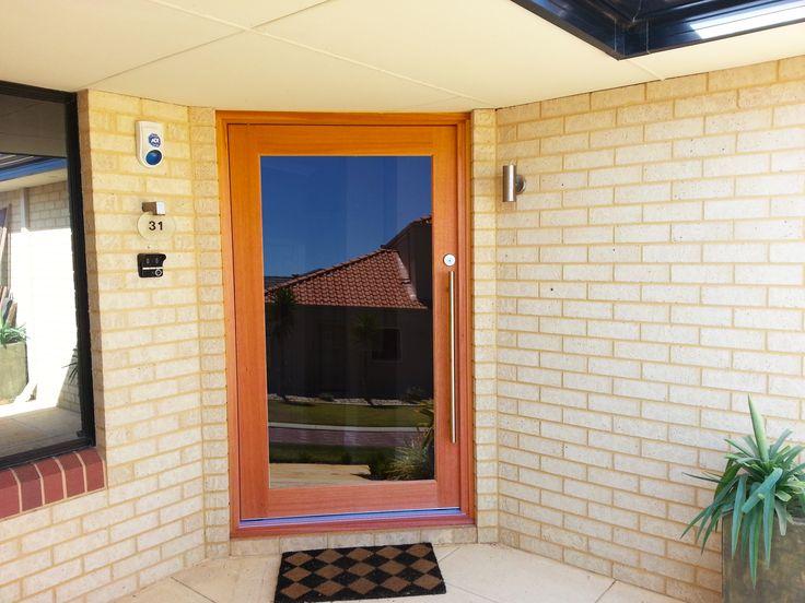 Pivot door, Solid timber
