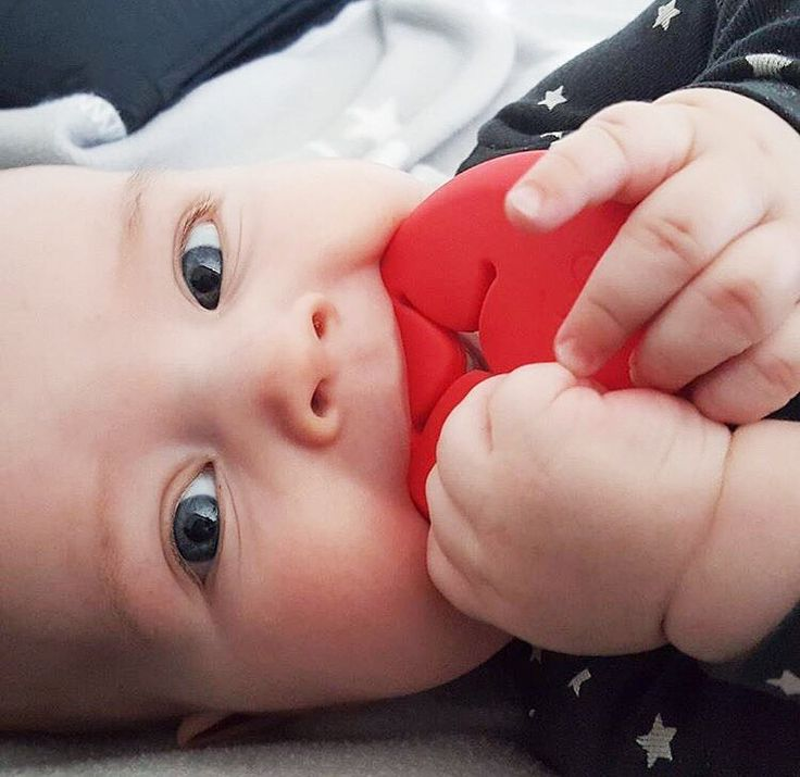 Teething baby? Relax, don't worry! We have a solution! #bbhugme pebbles can be used as baby teethers.They are BPA free and safe for your baby to chew on. They also come in four different colors