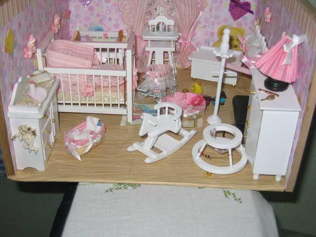 Chambre de b b les vitrines miniatures pinterest b b for Les accessoire chambre bebe oran