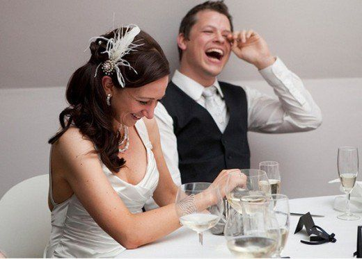 How to pick the best jokes to tell at a wedding, including suggested jokes and tips for successful joke-telling.