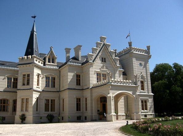 Nádasdladány, Nádasdy kastély és park - táj-kert