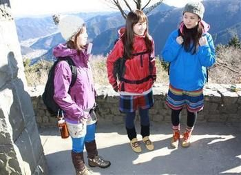 カラフル可愛い♪登山ガールたち。 まずはファッションから、気分を盛り上げていきましょう^^