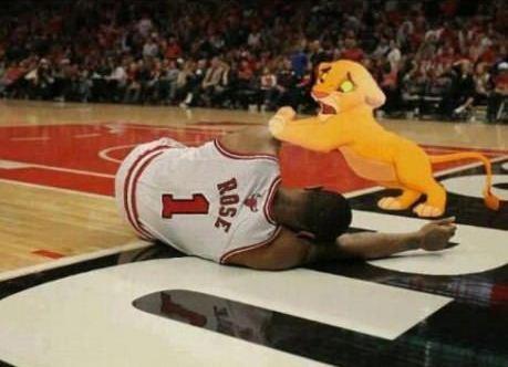 How all Bulls fans felt during the 2012 Playoffs. #NBA #Rose