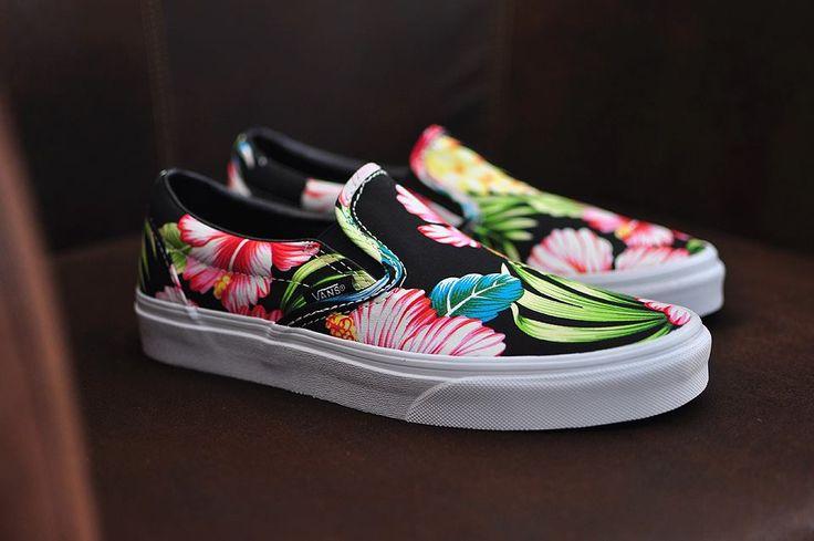 Vans Classic Slip-On Hawaiian Floral Black