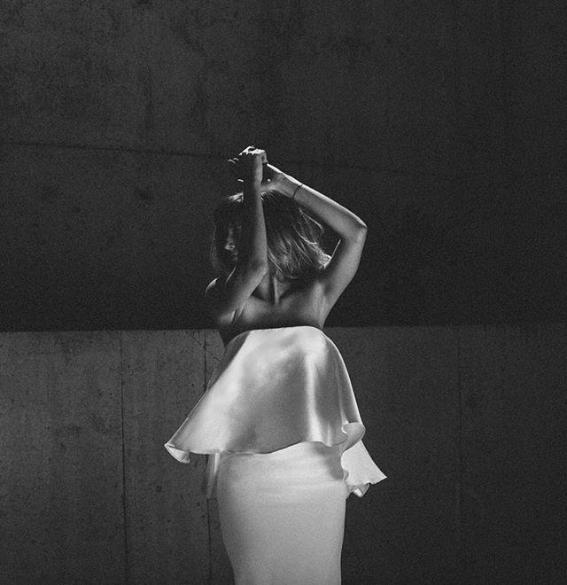 ✨Saturday night vibes✨ (@cortaknee for @lola.varma.bridal ) Reposted Via @rileyandgrey