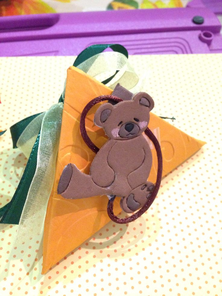 Scatolina  triangolo con orsetto segnalibro