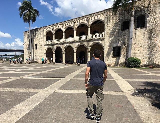 L'abitazione di Cristoforo Colombo #santodomingo#caraibi#cristoforocolombo#travel #traveling #TagsForLikes #TFLers #vacation #visiting #instatravel #instago #instagood #trip #holiday #photooftheday #fun #travelling #tourism #tourist #instapassport #instatraveling #mytravelgram #travelgram #travelingram #igtravel by marco.c.92. travelgram #caraibi #holiday #visiting #tflers #photooftheday #fun #tagsforlikes #tourist #santodomingo #travel #instago #traveling #instatraveling #igtravel…
