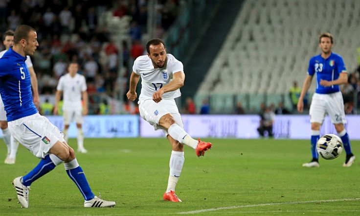 Andros Townsend's rifling shot with 11 minutes to go gave England a 1-1 draw against Italy in the international friendly in Turin