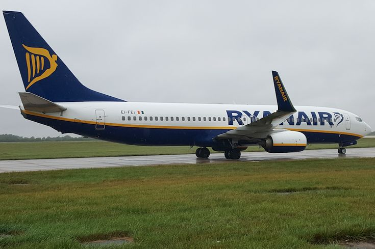 Ryanair Launches New Routes from Greece, Criticizes Price Hikes at Regional Airports