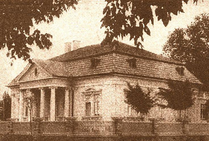 Eger, Klapka György utca 14. - az egykori Petro-villa, ma Tüdőgondozó