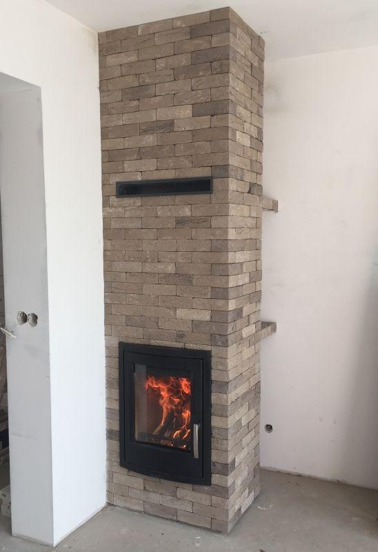 klasyczny kominek rustykalny obudowa kominkowa t60