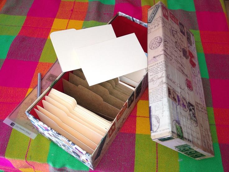 Caja para archivo de Cards or stamps. By E. Carvajal