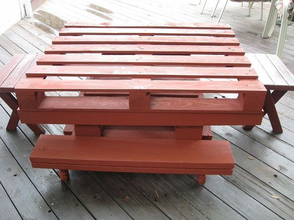 table made from wood pallets and stained, painted furniture, pallet, woodworking projects