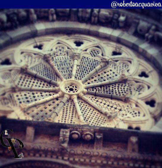 particolare rosone chiesa di #Troia