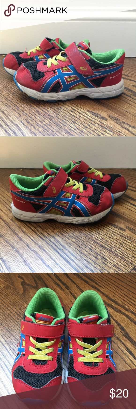 Asics toddler sneakers Asics toddler sneakers size 9. A lightweight, comfortable, sturdy shoe. Breathable upper with elastic laces and hook and loop fastener. Cushioned platform is soft and extra flexible. Great condition from a pet free/smoke free home. Asics Shoes Sneakers