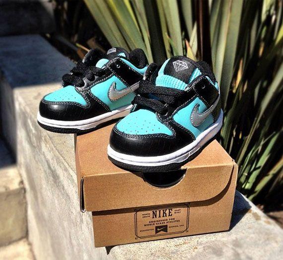 pretty nice 7d29f 08883 A Single Pair of Diamond Supply Co x Nike  Tiffany  Dunks in Pre-School  Size for Nick Diamond s Daughter.   Nike SB   Nike kids, Nike sb dunks, ...