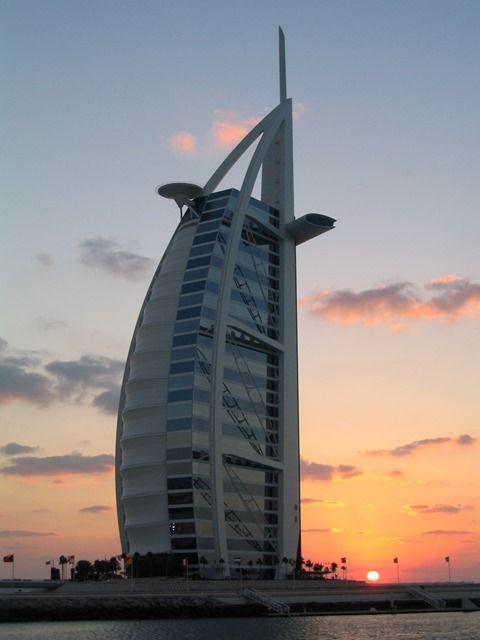 Emirati Arabi Uniti - #Dubai - Bury Al Arab. Guarda altre foto. #travelblogger
