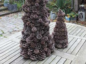 Sapin pignes noel pinterest noel and decoration for Fabrication deco noel exterieur