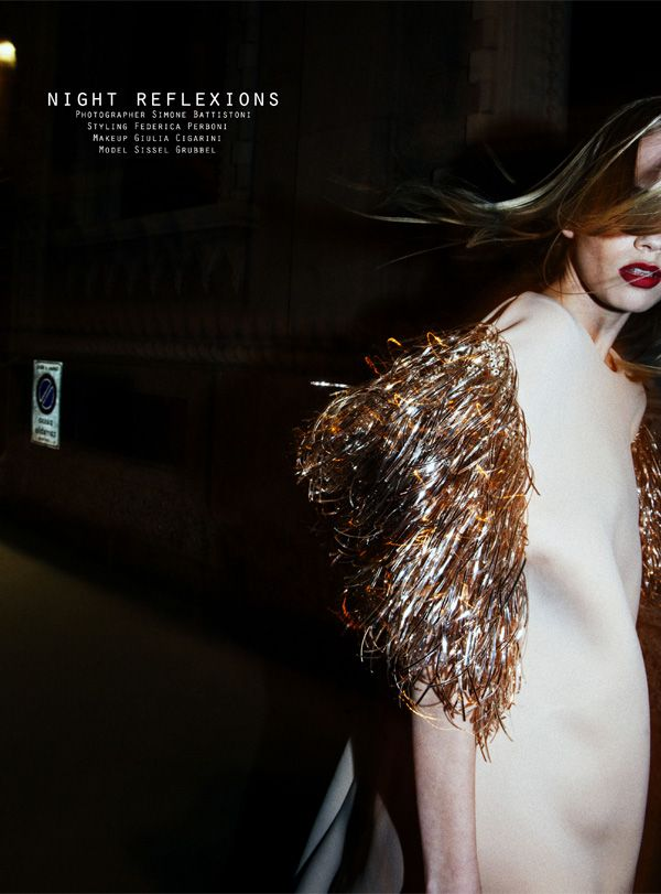 dress with golden plexi sleeves ANTEPRIMA, night reflection, fashion editorial, simone battistoni,