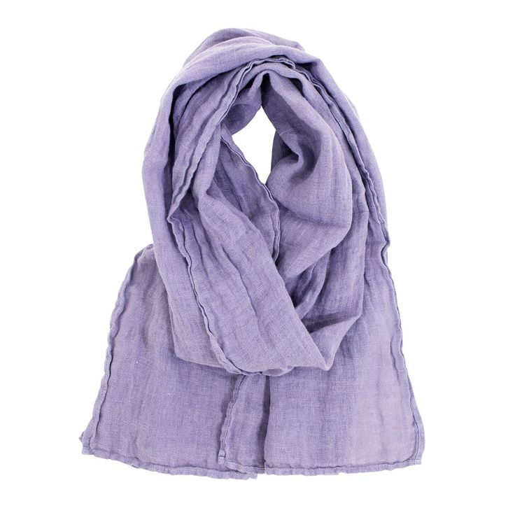 Be a natural beauty when you wrap the Lapuan Kankurit Lavender Linen Scarf around your neck or shoulders.
