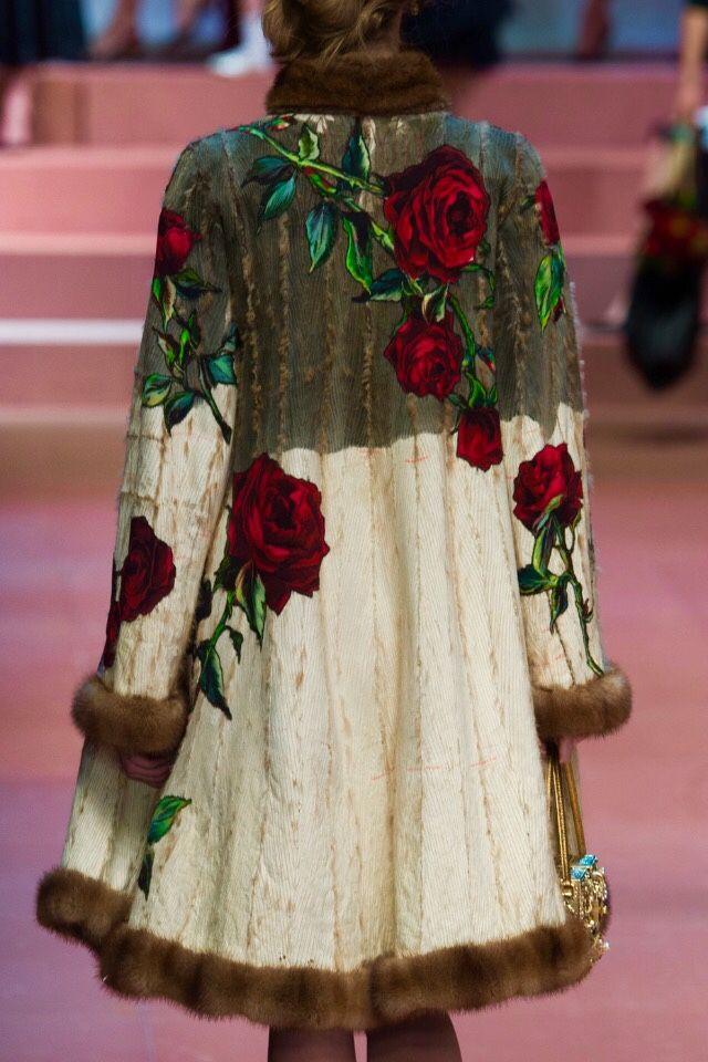 Not Ordinary Fashion - Dolce & Gabbana Fall 2015