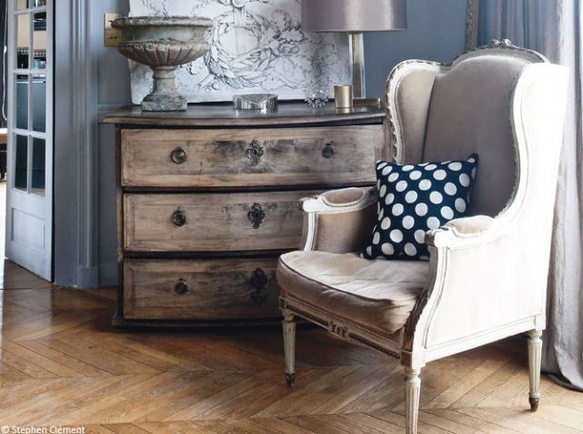 Commode patinee fauteuil