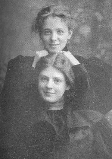 Maude Adams and Ethel Barrymore...they look unusually casual in contrast to other photos from this time period.