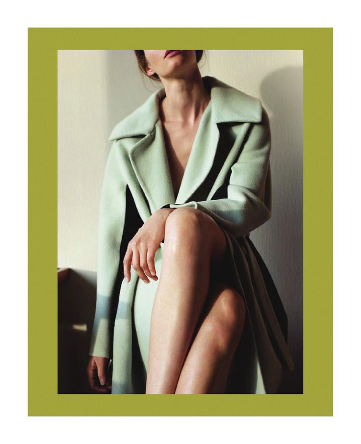 Fall/Winter 2018-2019 will be a season of Resilience. The five themes of the season are Survival, Vibrance, Rebound, Strength, & Daring. The book consists of fabrics, fibers, trims, colors, and accessories that will be on trend during Fall/Winter 2018-2019.