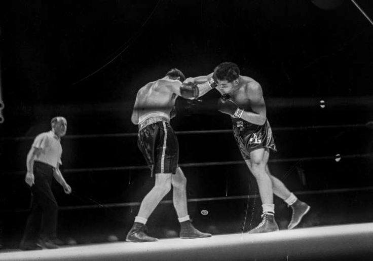 June 22,  1937: JOE LOUIS WINS THE WORLD HEAVYWEIGHT BOXING TITLE  -   Joe Louis defeats the reigning champion Jim Braddock in an eight-round knockout in Chicago, Illinois, U.S., to become the new world heavyweight champion.