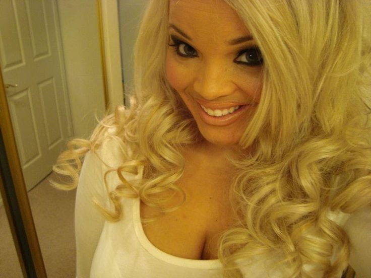 Pamela Anderson Playboy Bunny Makeup Tutorial really like this chick doing the tutorial she give great tips and tricks