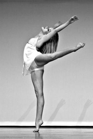 Effortless: Dance Photography, Dance Stuff, Elegant Dance, Dance Pictures, Dance Dance, Beautiful Attitude, Ballet Dance, Ballet Attitude, Ballet Photography