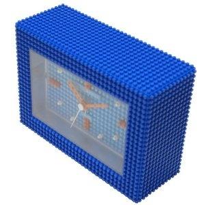 Amazon.co.jp: [ナノブロック]nanoblock デコレーション目覚まし時計 アラームクロック 置時計 おまけブロック付 ブルー NAAC-96904BL: 腕時計