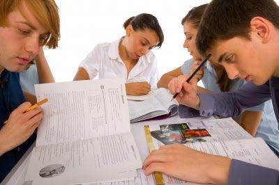 ::: Educare alla crescita senza voti, giudizi o regist...