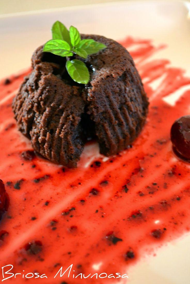Chocolate Lava Cake - Mai simplu nu se poate