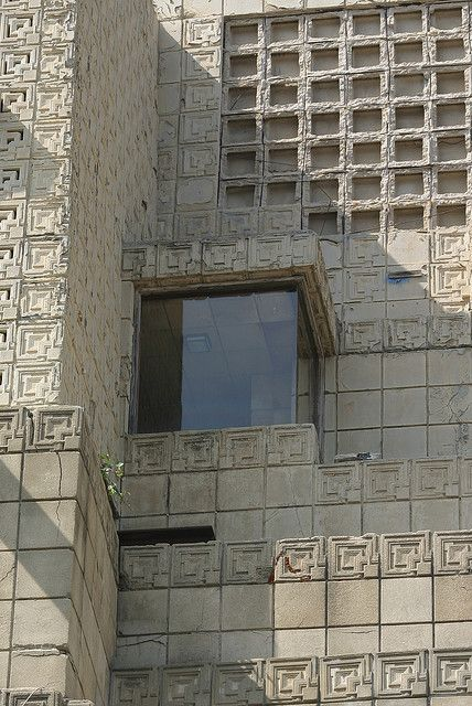 Ennis House, Los Feliz, Los Angeles CA (1924) | Frank Lloyd Wright | Flickr - Photo Sharing!