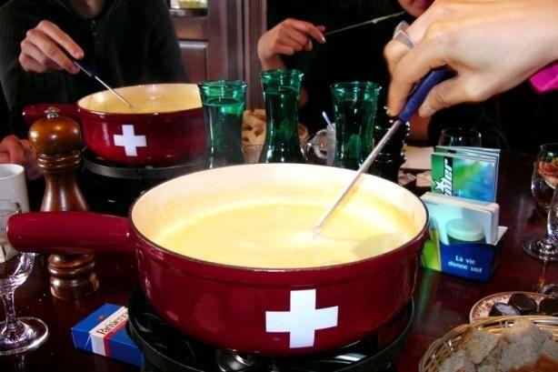 Authentic Original Traditional Swiss Fondue Old World Recipe) Recipe - Cheese.Food.com - 53057