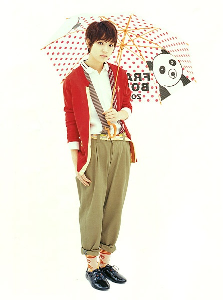 "Ayame Goriki. Fashion brand/FRABOIS. Japan magazine ""SOEN"" 2013. Boysh girl style. Panda Unbrella."