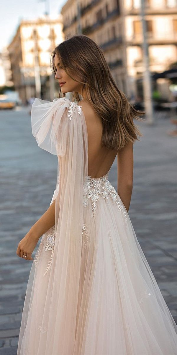 Wedding ceremony Attire Fall 2019: See The New Traits – Sophie St. John Zurawel – #Gown…