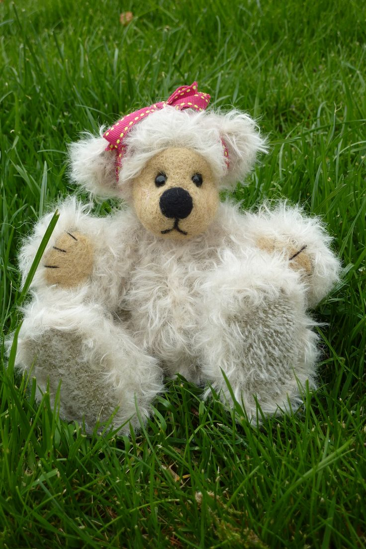 Fully jointed mohair bear with a needle felted head