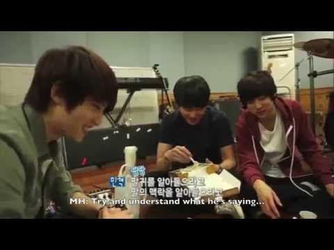 [ENG] CNBLUE's conversation while eating pizza