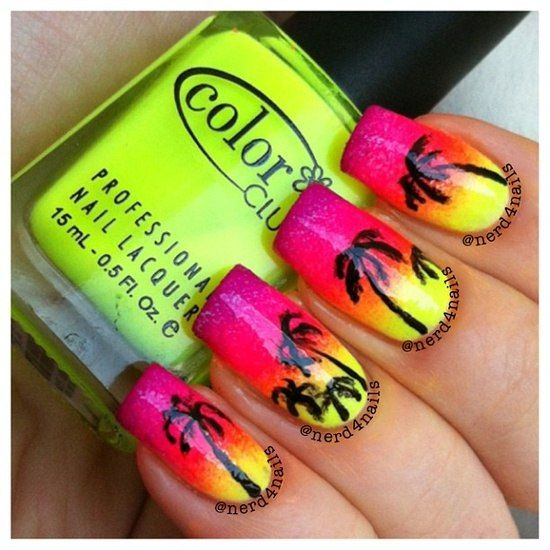 When I grow old, I want to have one airbrushed fingernail with an extravagant tropical design. The rest of my nails can be coral, like a proper lady.
