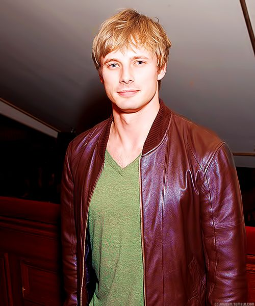 bradley james a.k.a king auther from merlin